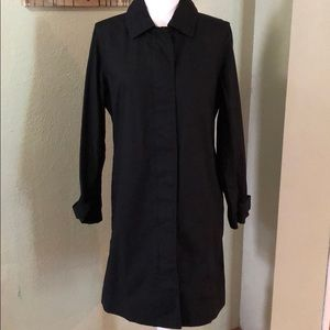 NWOT Black GAP Trench Coat, size M